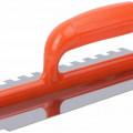 Гладилка нерж.с пласт. ручкой зубчатая 8х8мм 05168